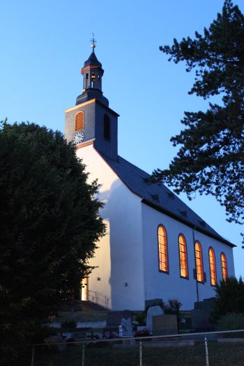 Kirche Ober-Ramstadt am Abend, Copyright:AW